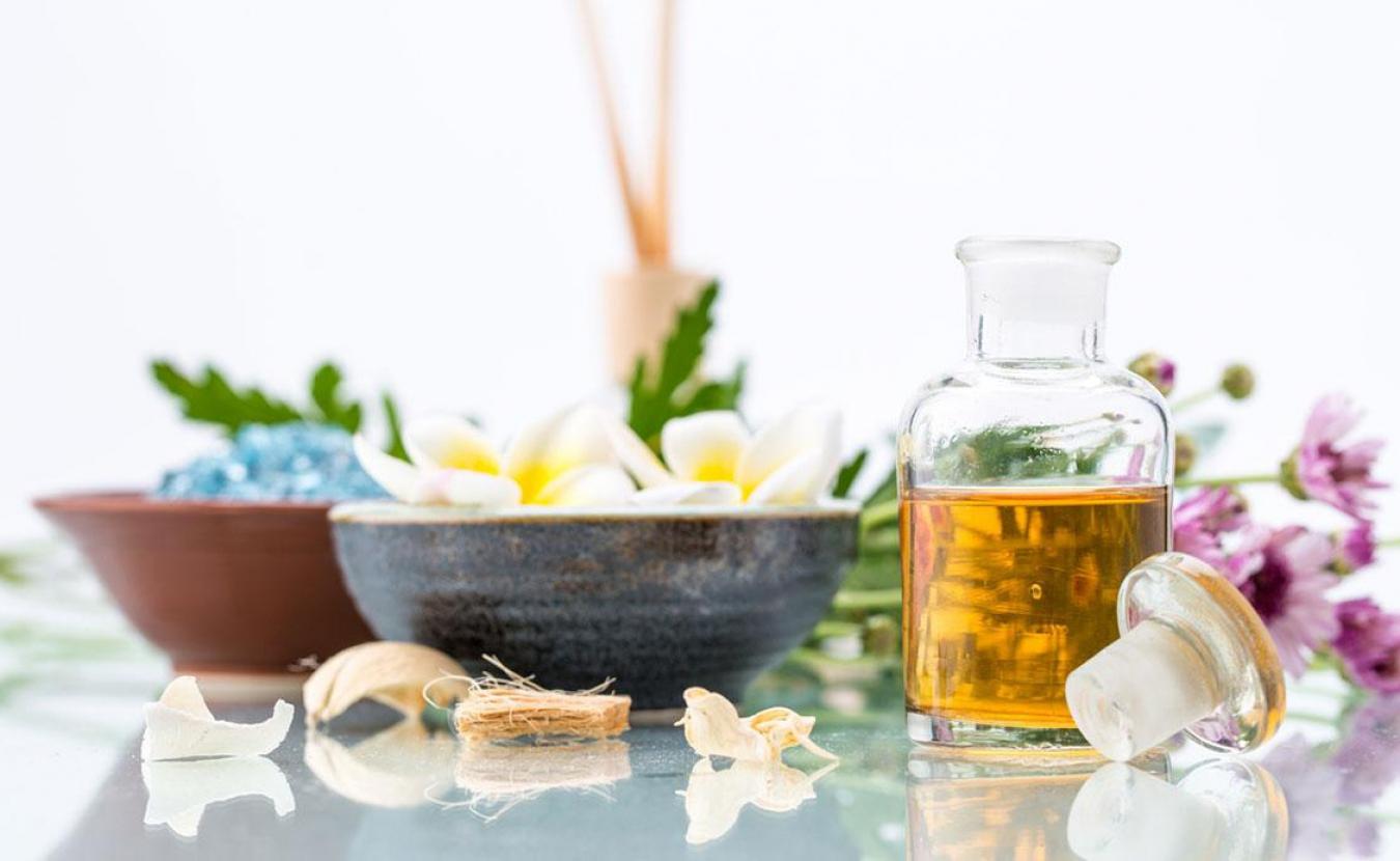 Как подобрать натуральный аромат для дома: нюансы и тонкости