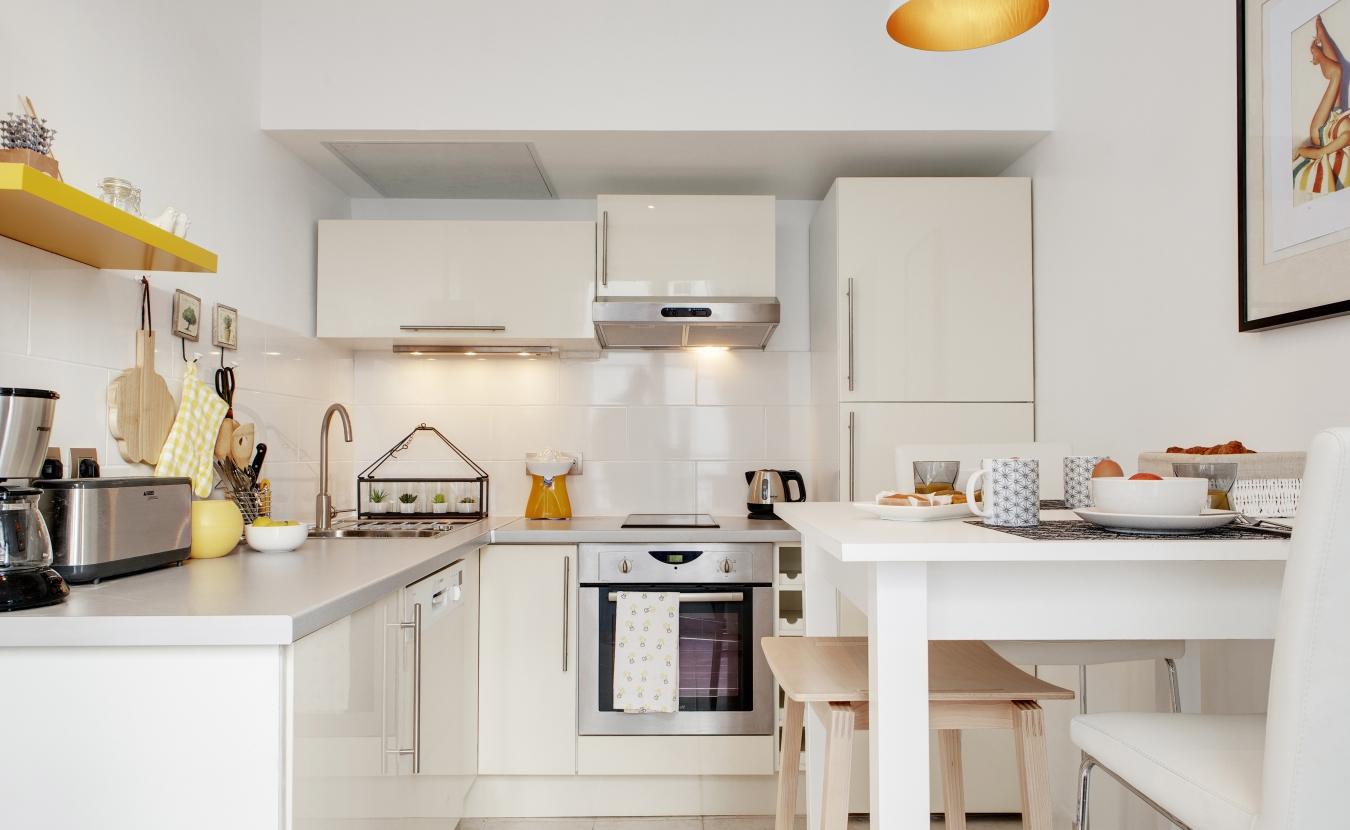 Действенные приемы увеличения пространства небольшой кухни