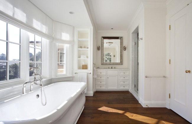 Белоснежная ванная: советы по оформлению