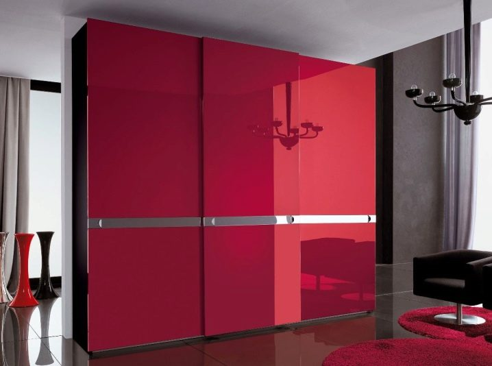 Современные шкафы в спальню – воплощение функциональности и уюта