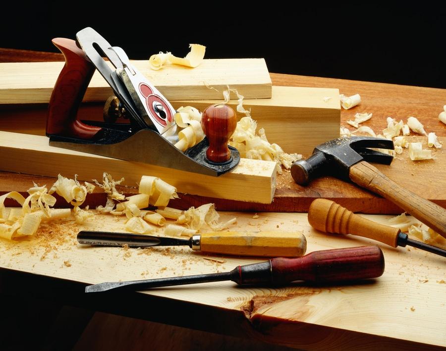 Какие столярные инструменты нужны для строительства дома?