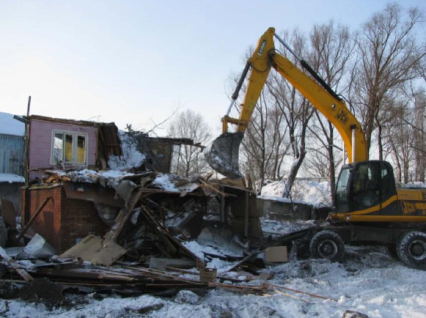 ТОП-3 экскаваторов для демонтажа зданий