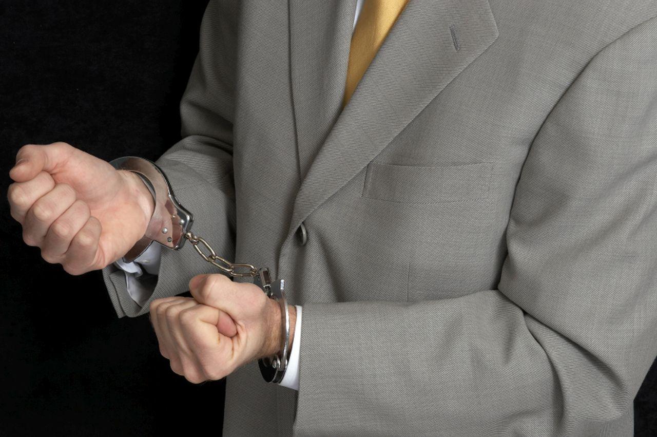 Предоставление услуг квалифицированных адвокатов
