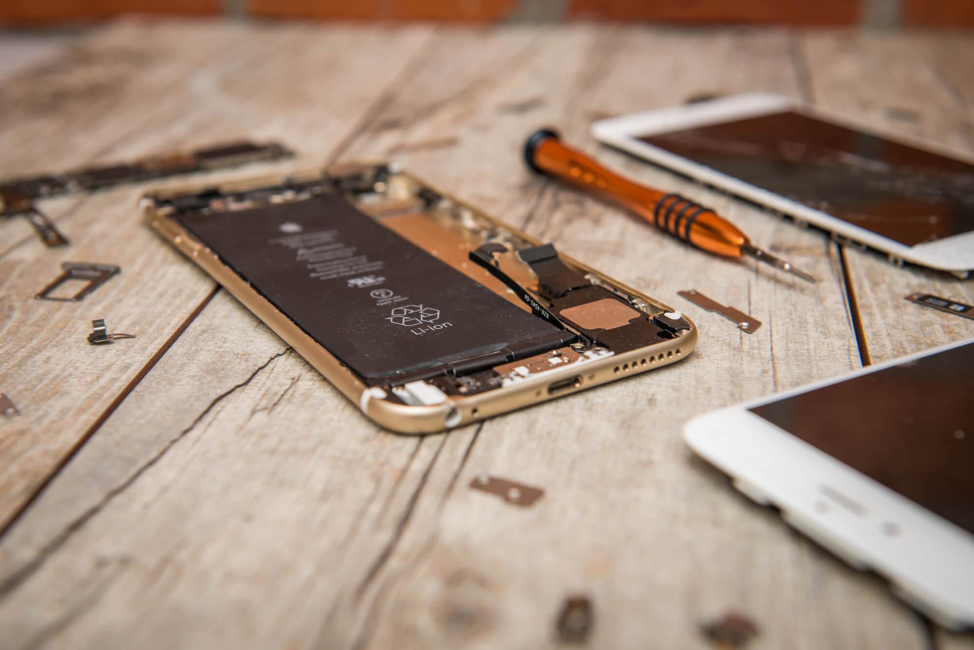 Ремонт iPhone в «А-Сервисе»