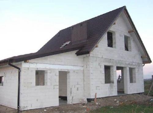 Строительство дома из пеноблоков — плюсы и минусы