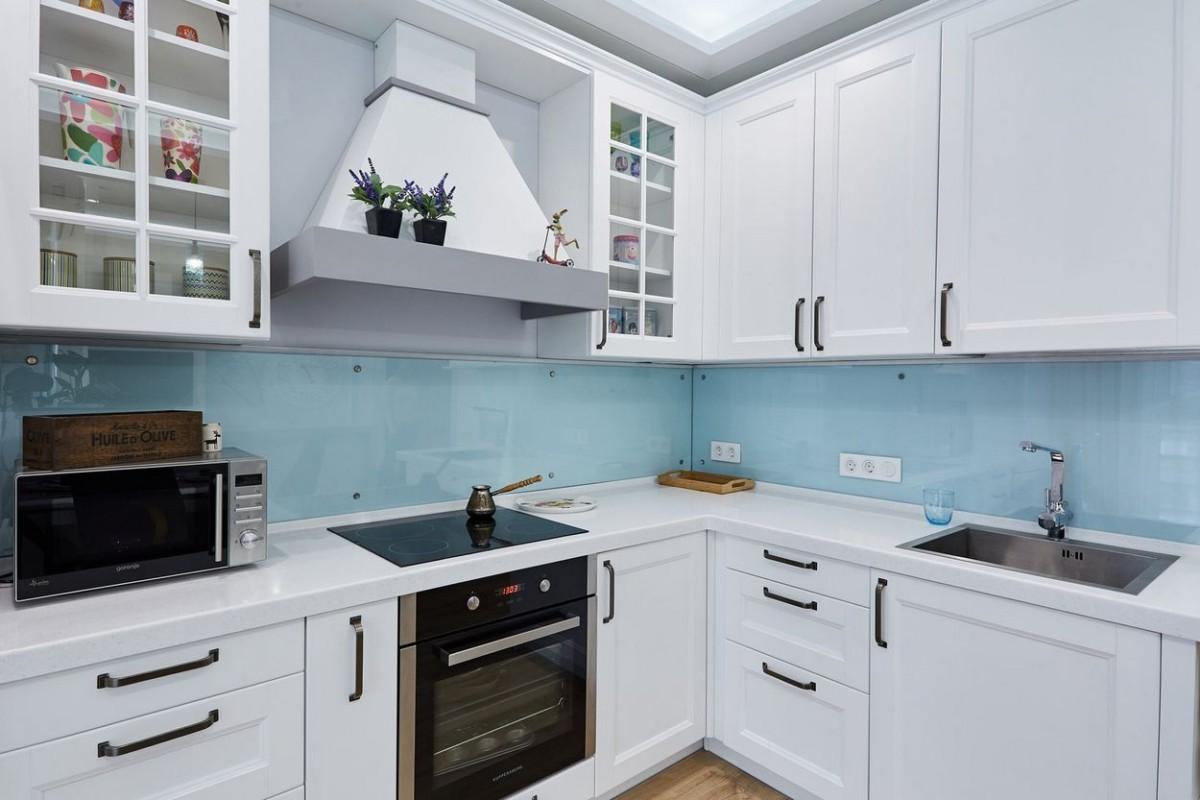 Ремонт маленькой кухни: удачные решения и набор планировок
