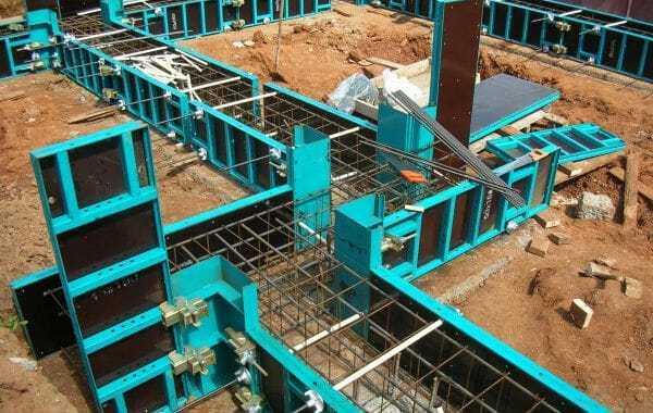 Аренда строительной опалубки для заливки фундамента