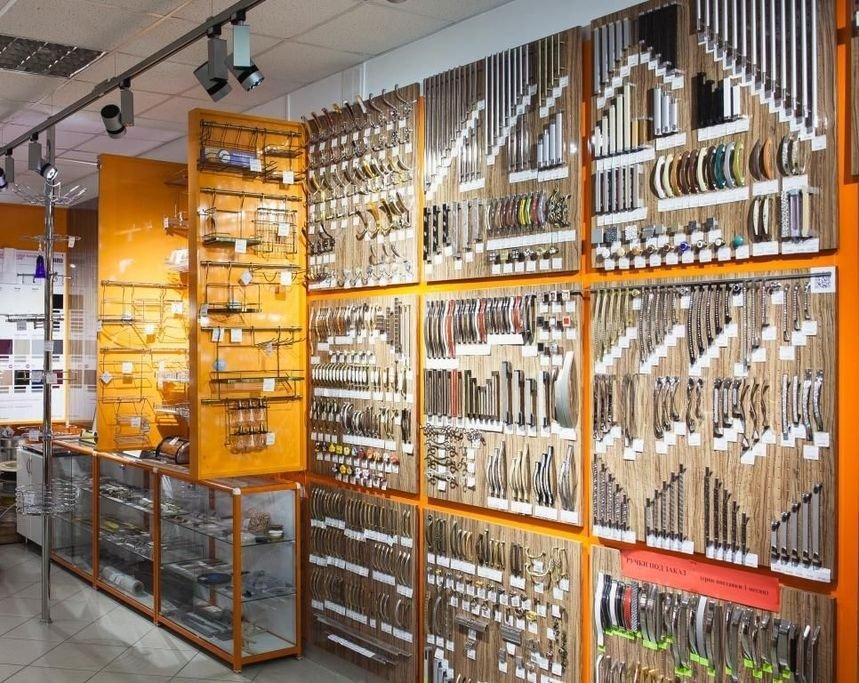 Онлайн-магазин «Юлдуз» реализует фурнитуру для мебели от ведущих производителей и производит высококачественные предметы мебели