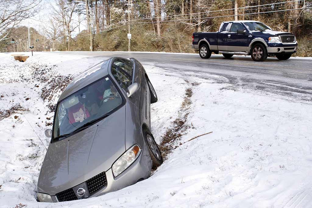Можно ли избежать аварий в начале зимы?