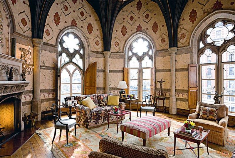 Величие готического стиля в интерьере: изящество и простор