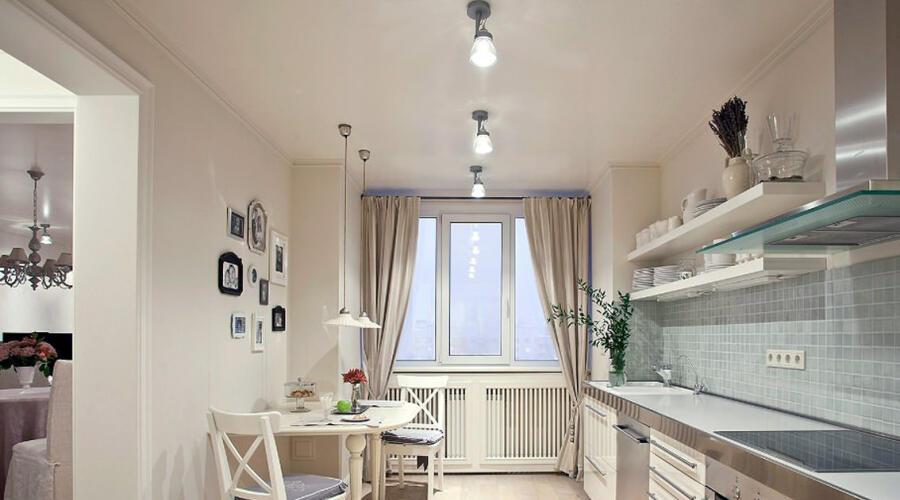 Натяжной потолок на кухне: быть или не быть?