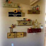 Чудо-шкаф из старого чемодана