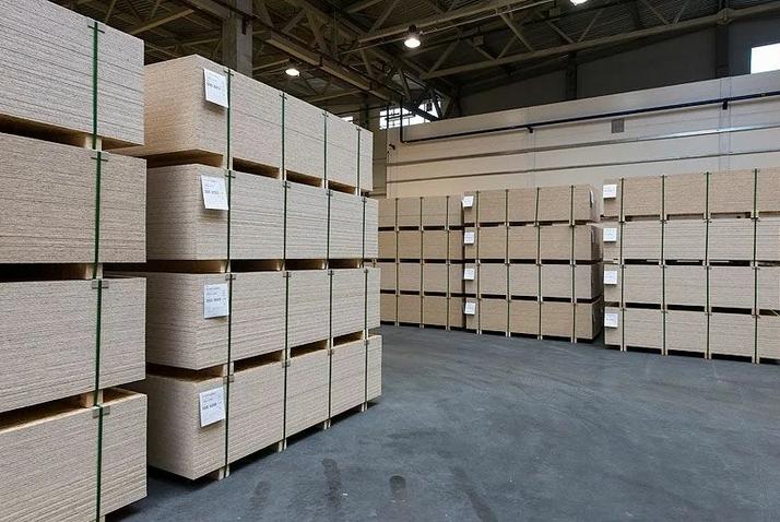Складирование и хранение OSB плит