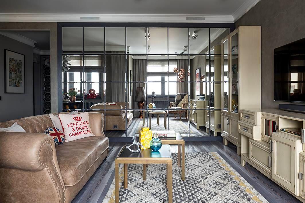 Как декорировать квартиру зеркалами